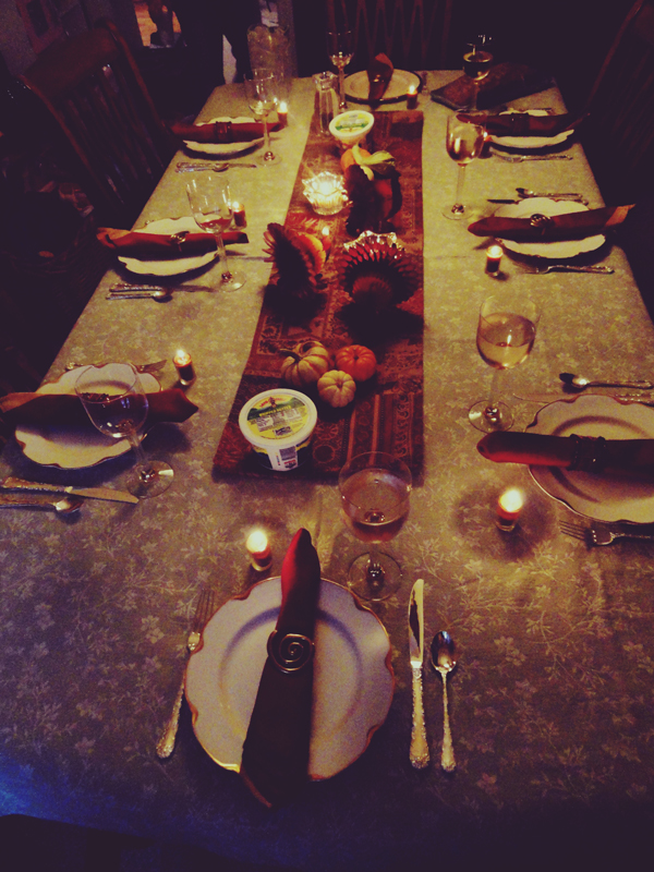 Thanksgiving Table Setup